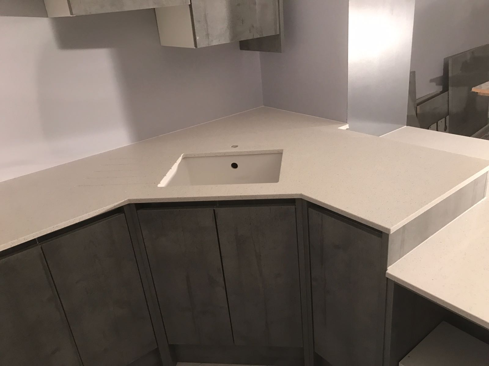 Bianco Stella Futuristic Kitchen With White Starlight