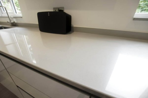 grigio de lusso urban quartz kitchen worktops