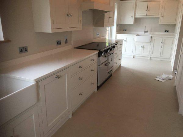 bianco carrina urban quartz installed in a kitchen in cambrige
