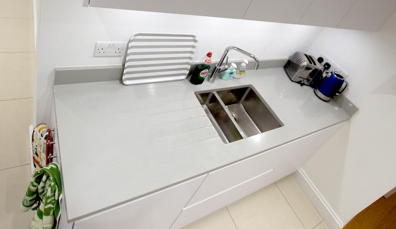 How to choose the best Sink for your Hub of the Home - Rock and Co ...
