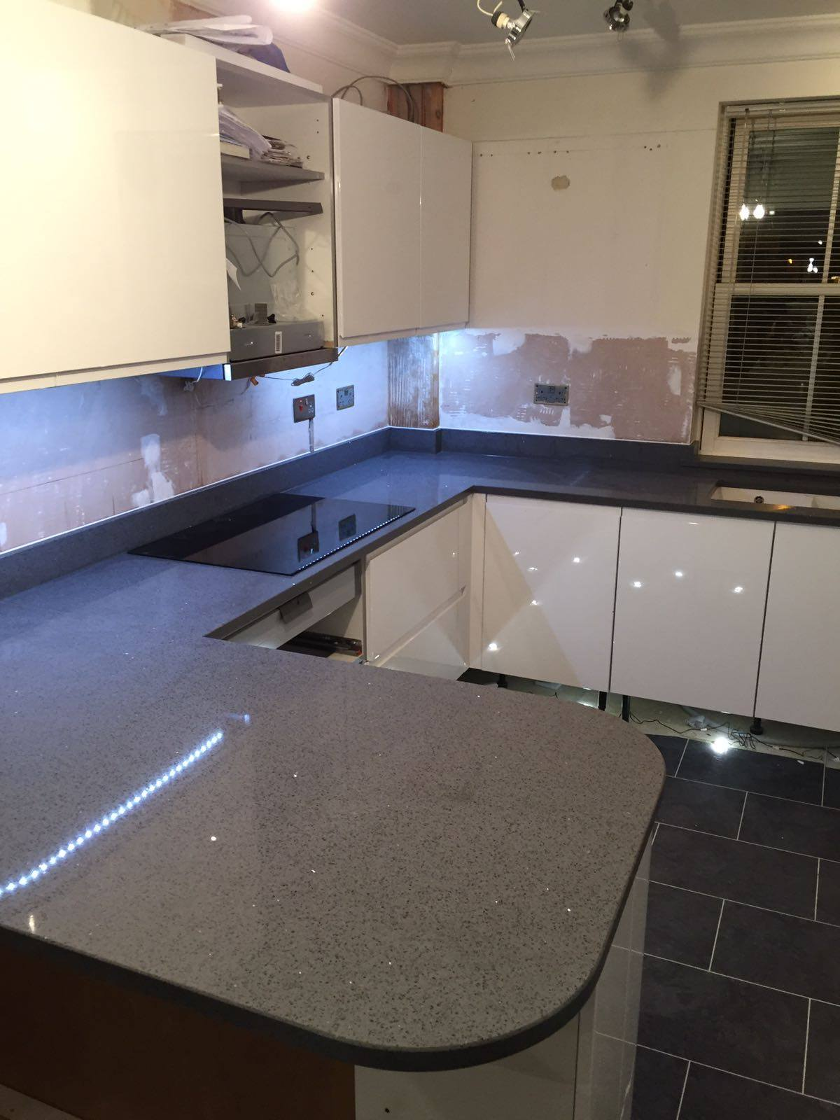 Small Kitchen With Dark Cabinets Grey Quartz Worktops Rock And Co Granite Ltd
