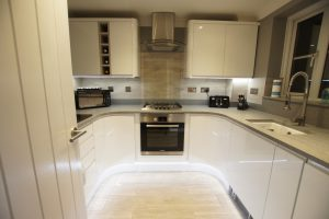 grigio medio stella quartz worktops installed in stevenage with gloss white wren kitchen