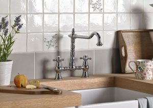 Luxury Pull Out Kitchen Taps With Rinsing Sprays