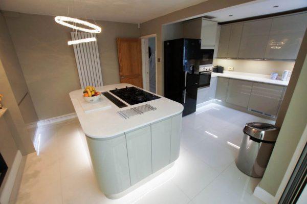Bianco Marmo Suprema – Luton, Bedfordshire