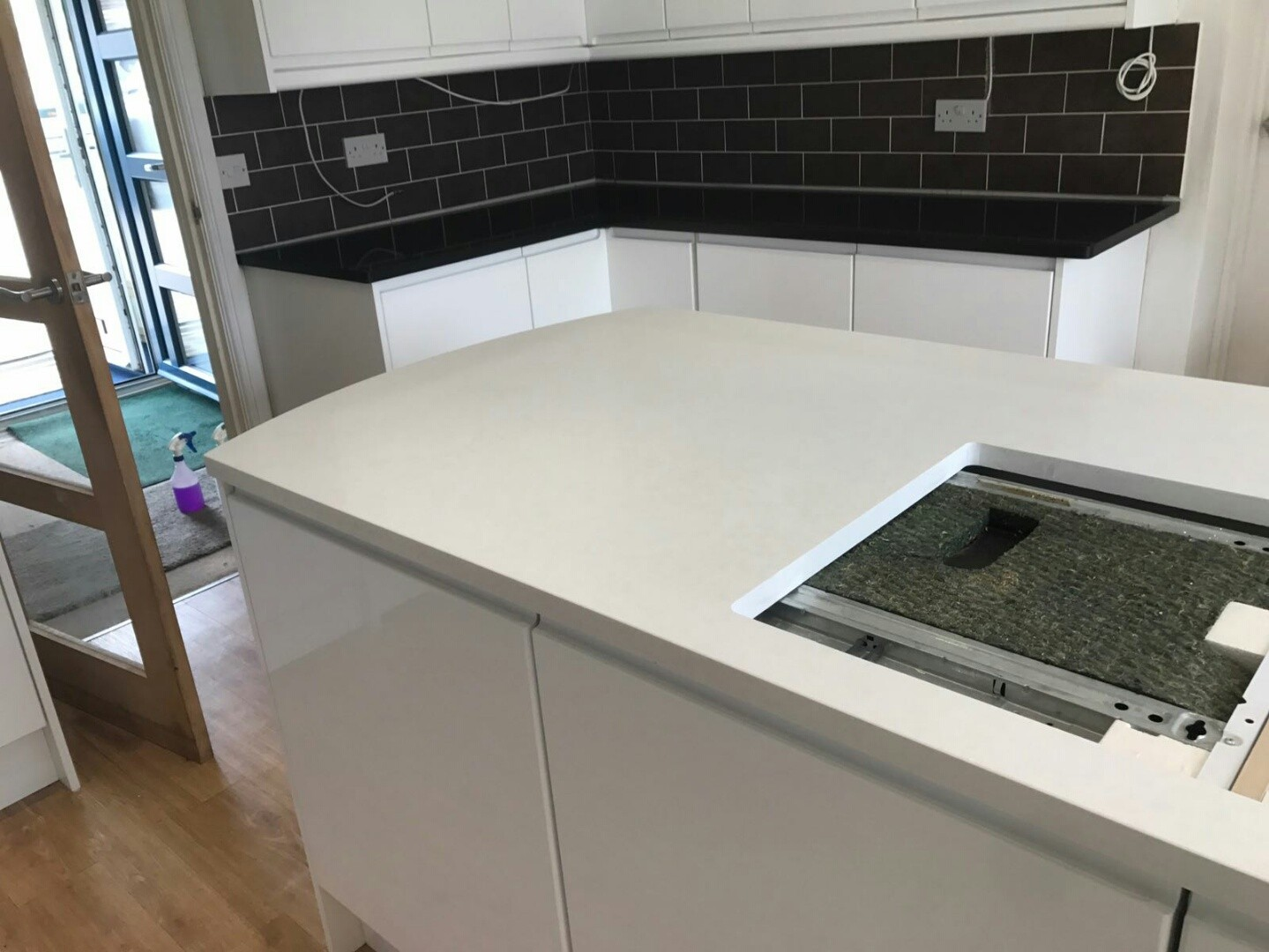 nero de lusso and bianco marmo suprema quartz worktops black and white combination