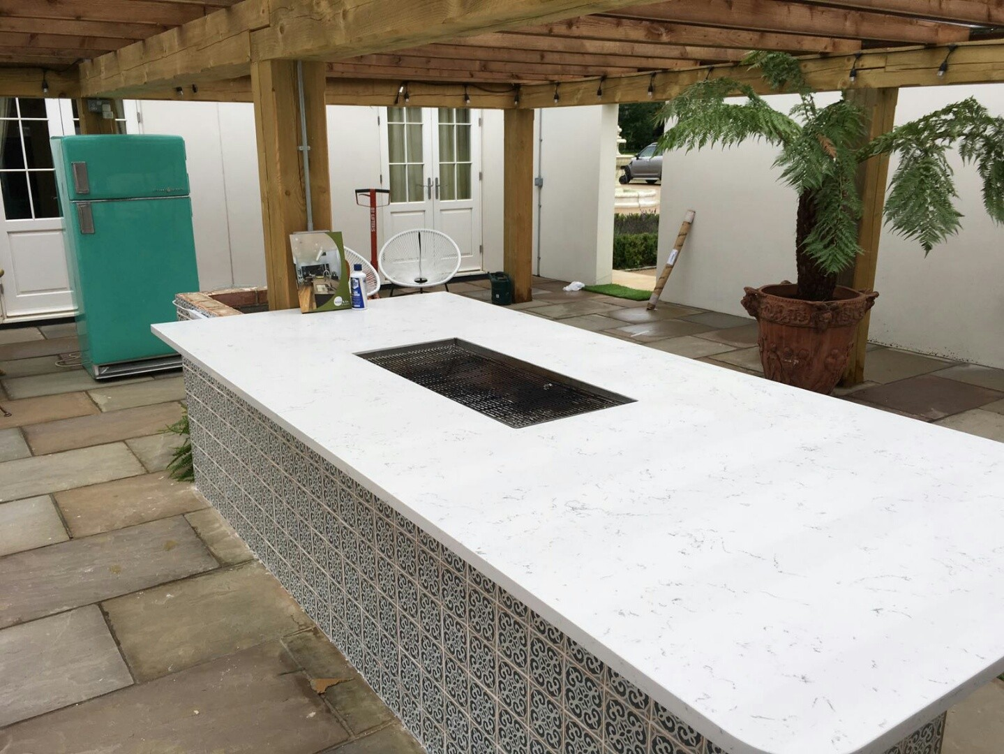 Our worktops are the perfect finishing product for an outdoor ...