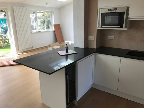 nero de lusso black quartz worktops