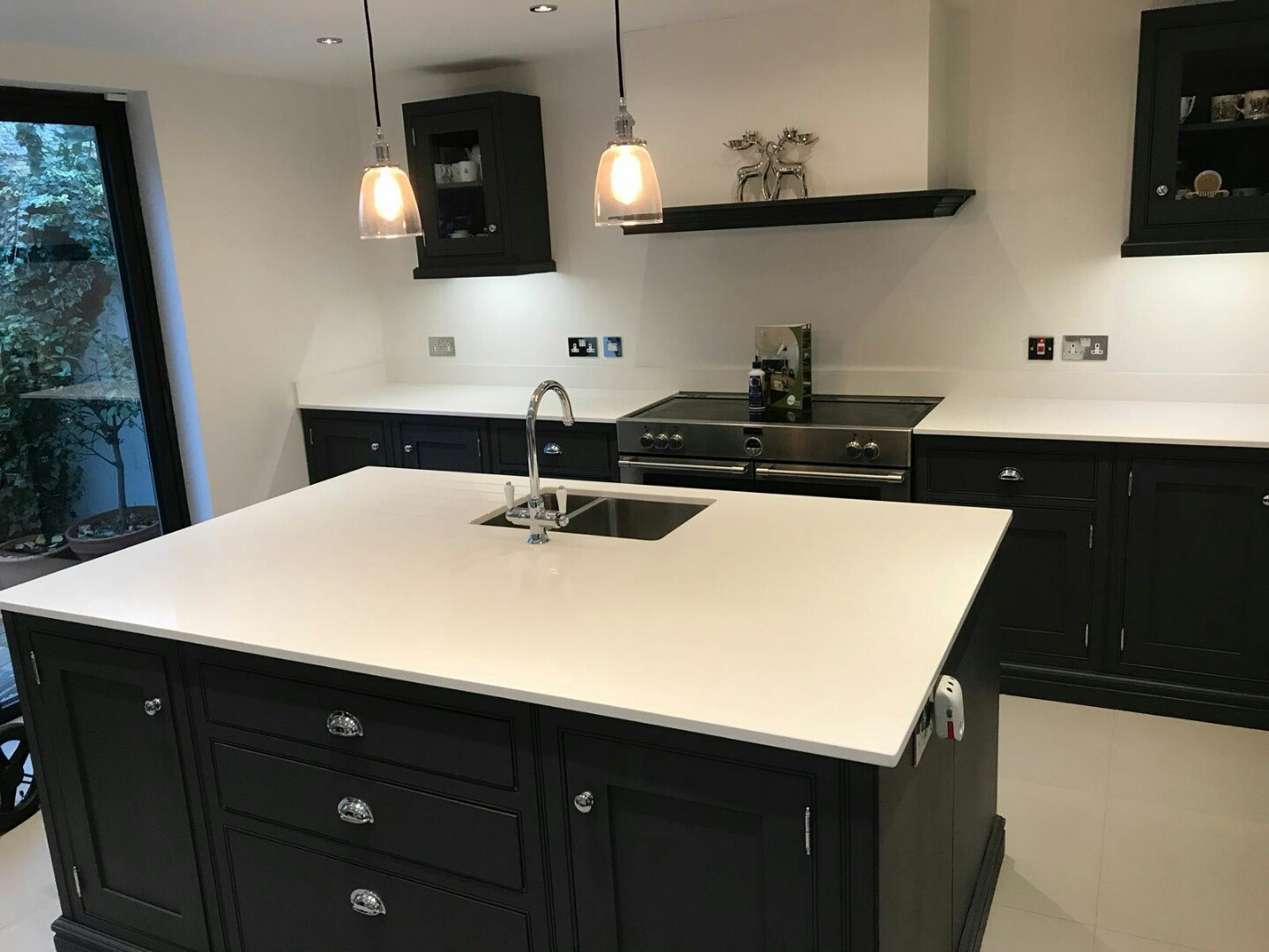 Kitchen of the week… Located in Woodford, Essex, showcasing the Bianco Puro