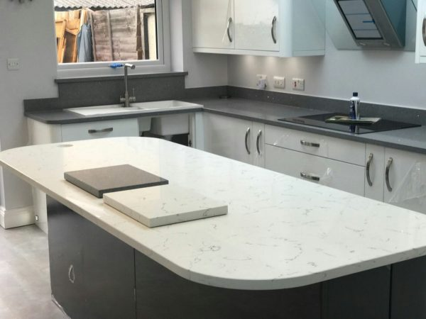 white and grey quartz worktops