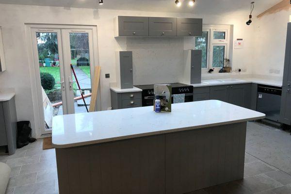 carrera quartz worktops grey kitchen rockandco