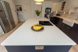 bianco carrina quartz worktop harpenden large open plan kitchen
