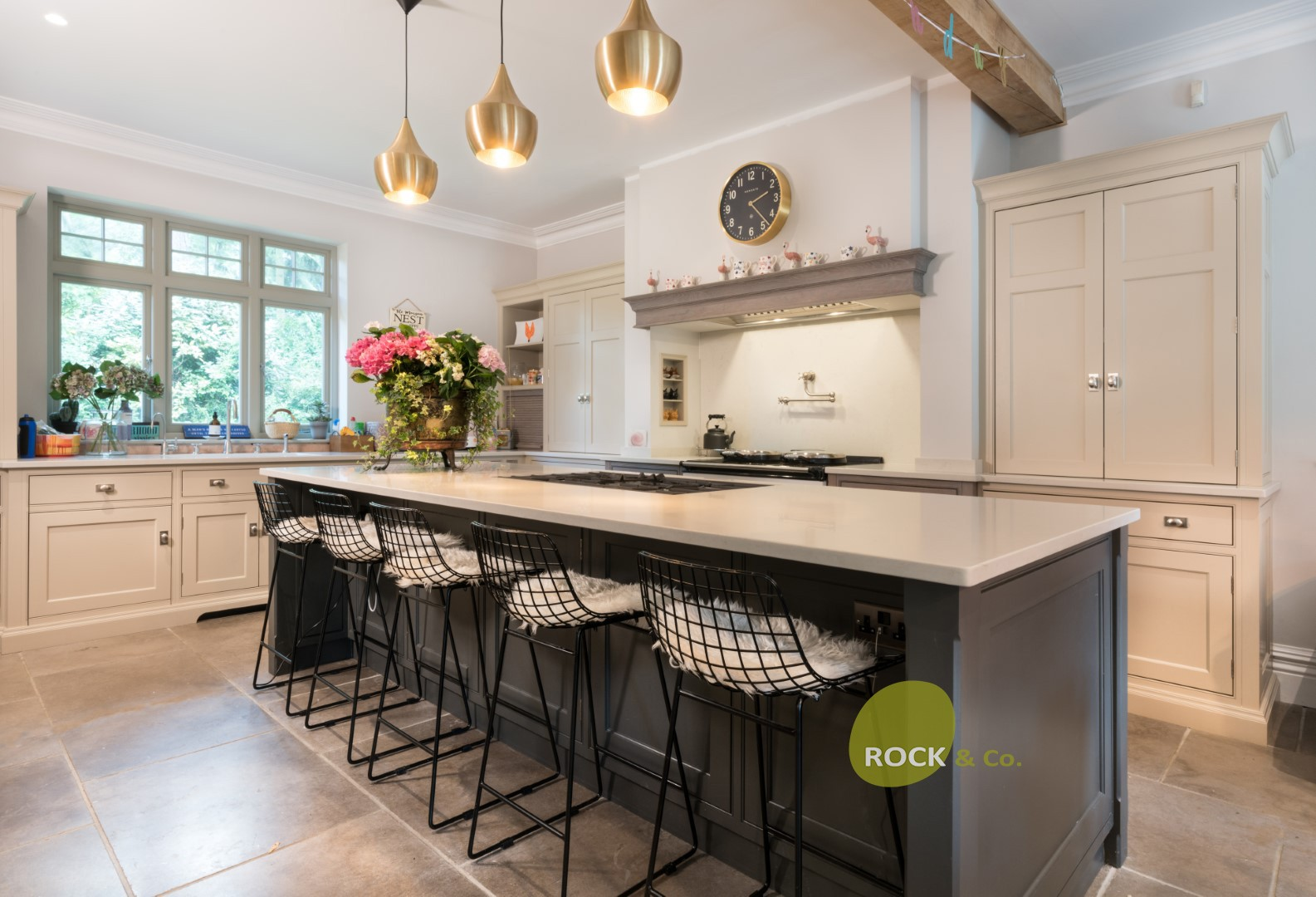 Kitchen of the week… Located in Hertford, Herts, showcasing the Paris Grey Carrera 30mm (updated)