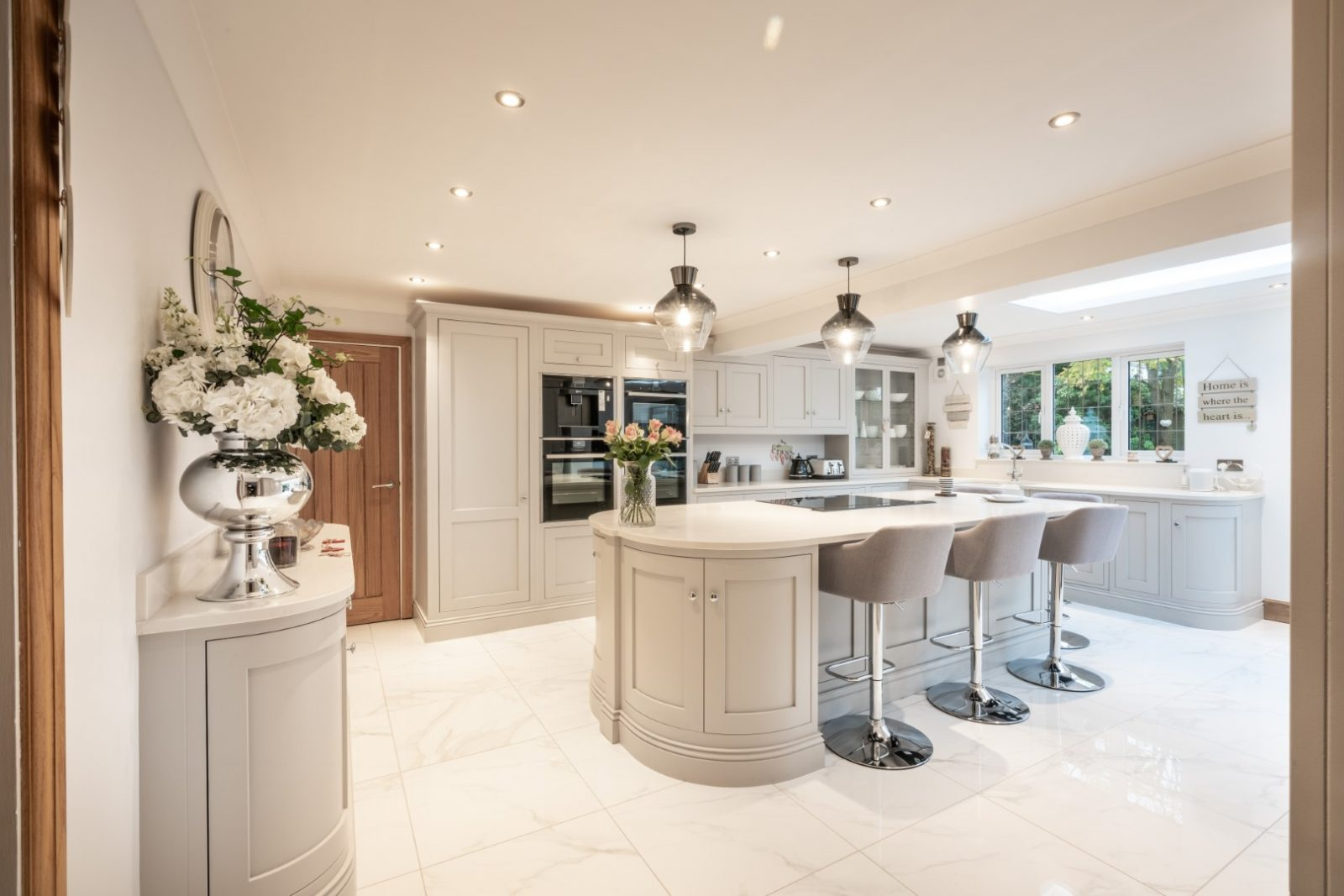 Kitchen of the week… Located in Sidcup, Kent showcasing the Paris Grey Carrera